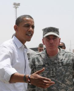 President Obama with General David Petraeus (Staff Sgt. Lorie Jewell)