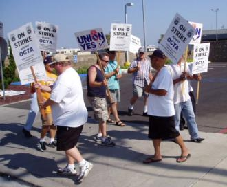Teamsters Local 952 members on strike against the Orange Country Transportation Authority in 2007