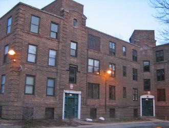 The Lathrop Homes on Chicago&#039;s Northwest side