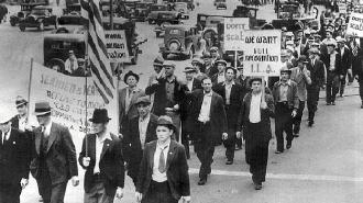 Strikers march through San Francisco streets during the 1934 strike