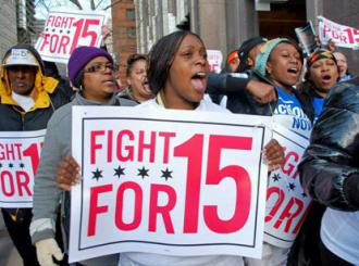Chicago retail workers on the march during a day of walkouts and solidarity actions (Carole Ramsden | SW)