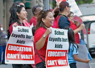 UTLA teachers protest layoffs, budget cuts and school closures (Paul Bailey)