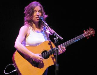Ani DiFranco performing in Chicago