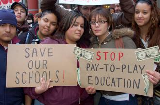 Chicago students rally against privatization and attacks on their public schools