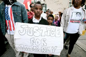 Community members and activists march in the Bronx for justice for Ramarley Graham (Vanissa Chan)