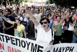 Greek workers on the march in Thessaloniki