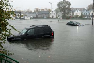 Cars abandoned in the streets as flooding hits Staten Island (Oliver Rich)