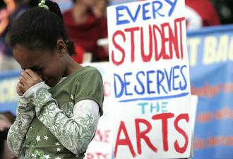 Demonstrating against Los Angeles school officials' plans to cut arts education