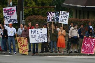 Opponents of anti-LGBT bigotry mobilize in Seattle against Westboro Baptist Church (John and Claudine Fisher)