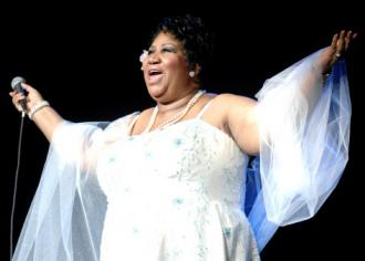 Aretha Franklin performs in 2008