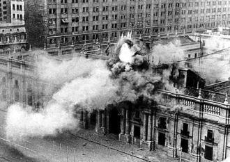 Chile's presidential palace under attack during the 1973 coup
