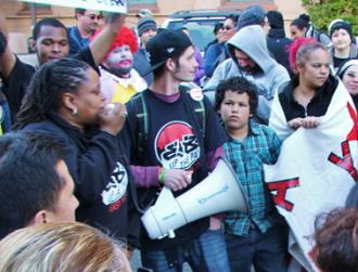 Bay Area workers rallying to demand a $15 minimum wage at McDonald's (Jonathan Nack | Indybay.org)