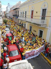 Teachers and their supporters march through the streets of San Juan during the February 2008 strike