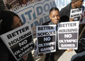Protesters took a stand against Chicago's Olympics bid