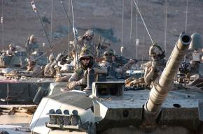 U.S. tank crews move toward a Forward Operating Base near Kandahar in Afghanistan