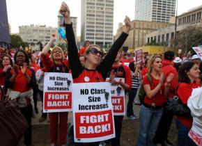 UTLA members protest the attack on public schools
