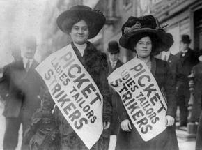Women picketing during the 1909 New York City garment workers strike
