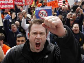 Union members mobilized to Indianapolis to protest right-to-work legislation