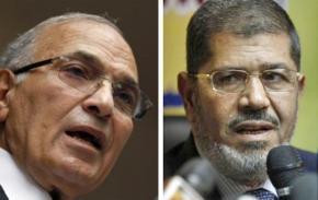 Presidential candidates Ahmed Shafiq (left) and Mohamed Morsi