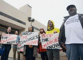 Protesters mark the 1,000th day of Charles' incarceration
