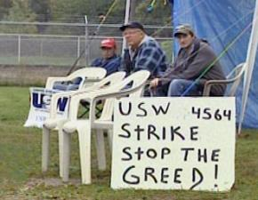 Steelworkers strike against Phillips Manufacturing in Niles, Ohio