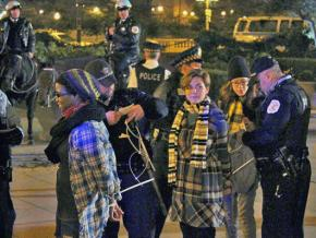 Occupy Chicago activists being arrested in Grant Park on October 22