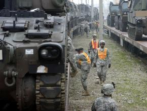 US military stockpiles of Paladin self-propelled Howitzers on the Korean Peninsula