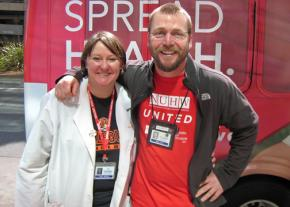 Kaiser workers and NUHW supporters Kekela Moberg (left) and Michael Turk