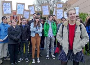 High school students in Portland organize against the OAKS test