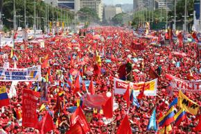 A mass march and rally in 2006 in support of the Bolivarian process