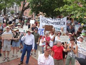 Vermonters rally against plans to base the F-35 at Burlington International Airport