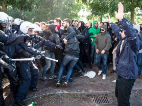 Protesters against Swedish fascists clash with police in Stockholm