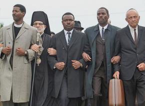 David Oyelowo (center) as Martin Luther King Jr. in Selma