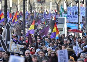 Hundreds of thousands took to the streets for demonstrations called by Podemos