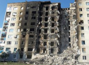 Apartments destroyed during fighting in Lysychansk