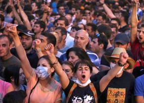 Residents of Yerevan in the streets against an electricity price increase