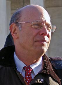Michael Ratner in front of the U.S. Supreme Court