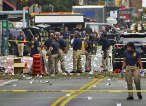 Investigators at the bombing site in Manhattan's Chelsea
