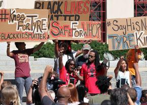 Protesters rally to demand justice for Tyre King