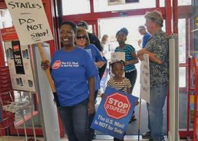 Sending a message against privatization at a Staples store