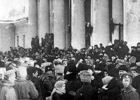 Delegates to the Petrograd soviet gather at the Tauride Palace during the February Revolution
