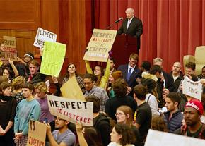 Middlebury College student protesters turn their backs on Charles Murray during his scheduled lecture