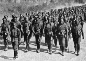 Russian soldiers march toward the front in the spring of 1917