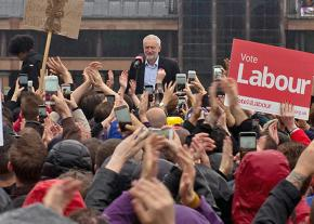 British Labour Party leader Jeremy Corbyn rallies supporters before Election Day