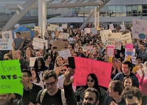 Workers at Google protest Trump's Muslim ban