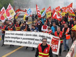 Striking rail workers march against austerity in Lyon