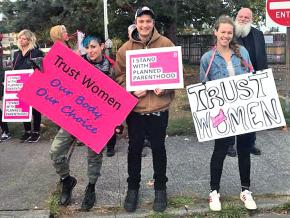 Protesters rally to defend abortion rights in Washington State