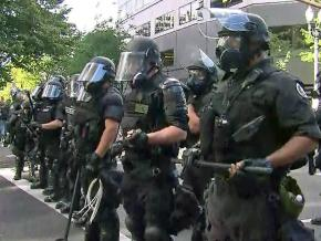 Portland police in riot gear during a counterprotest against the far right