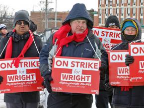 Faculty on the picket line at Wright State University