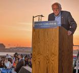 Bernie Sanders campaigning in California (Roger Jones)